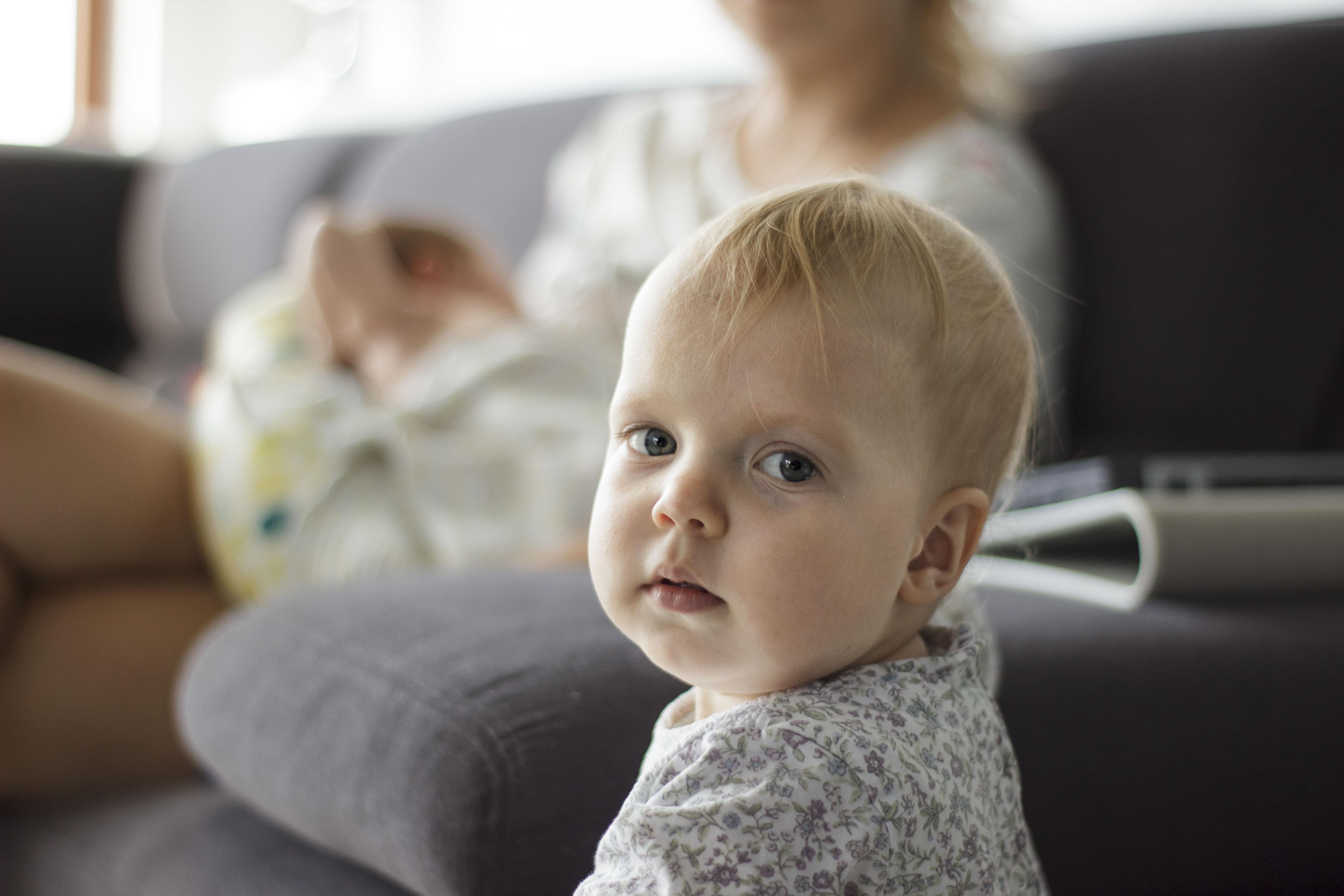fotograf trojmiasto sesja rodzinna fotografia naturalna gdynia dziecięca